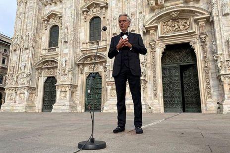 Andrea Bocelli koncert w pustej katedrze w Mediolanie