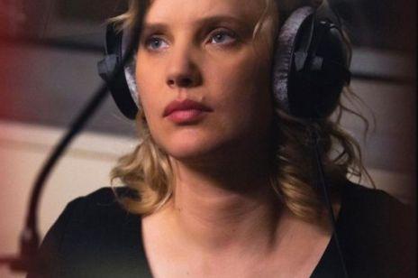 """Joanna Kulig śpiewa """"Między ciszą a ciszą"""" Grzegorza Turnaua z okazji premiery serialu Netflixa """"The Eddy"""". Mamy ciarki"""