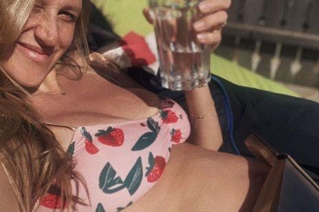 Aleksandra Żebrowska na Instagramie zachwyca ciążowym brzuszkiem w bikini