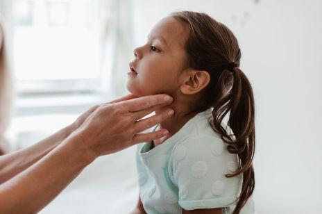 Bilans zdrowia dziecka w czasie koronawirusa - nowe zalecenia dla rodziców
