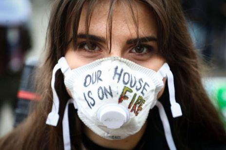 """""""Jesteśmy ostatnim pokoleniem, które może go powstrzymać"""". Młodzi chcą walczyć z kryzysem klimatycznym"""