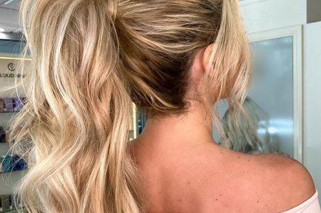 Najpiękniejsze fryzury na lato dla długich włosów: fishtail i messy bun są hitami na Instagramie