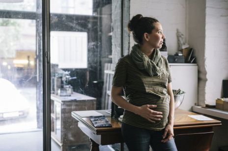 """""""Stany depresyjne i lękowe w ciąży i po porodzie utrudniają pełnienie roli matki i mogą popychać do uzależnień"""" [OKIEM EKPSERTA]"""