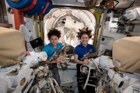 Christina Koch i Jessica Meir: kobiety NASA pierwszy raz wyszły razem w otwartą przestrzeń kosmiczną [mamy wideo!]