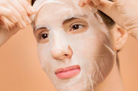 Czym się charakteryzują maski w płachcie
