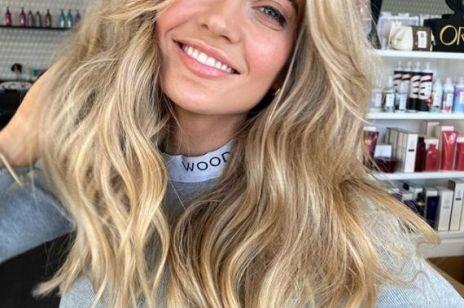 """""""Undone blonde"""" – ten naturalny kolor włosów wytrzyma nawet rok bez wizyty u fryzjera"""