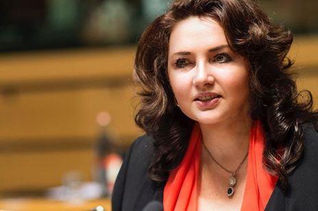"""Komisarz UE: Polska poniesie konsekwencje finansowe za """"strefy wolne od LGBT"""""""