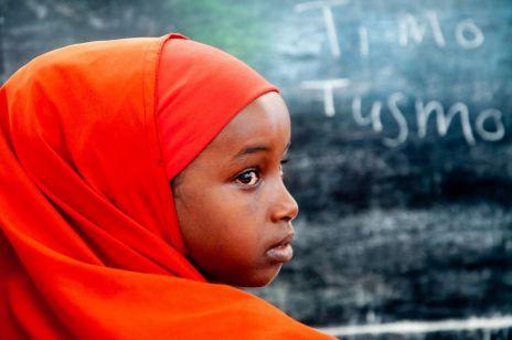 """PAH: """"Dziewczynki w Somalii są najbardziej narażone na skutki kryzysu humanitarnego"""" [KOBIETA WIDZI WIĘCEJ]"""