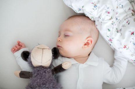 Fazy snu dziecka – jak ukształtować rytm snu malucha?