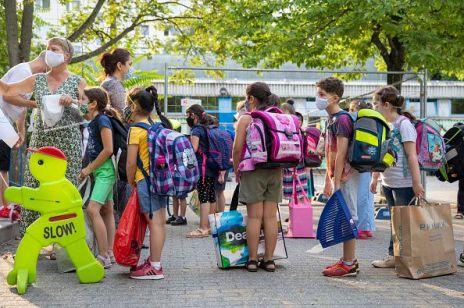 Powrót do szkoły: 10 tys. zł mandatu za zatrzymanie dziecka w domu w obawie przed Covid-19