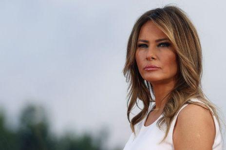 """Melania Trump """"zamieniła ogród w cmentarzysko"""". Nie ma czereśni Jackie. Jest róża Jana Pawła II"""
