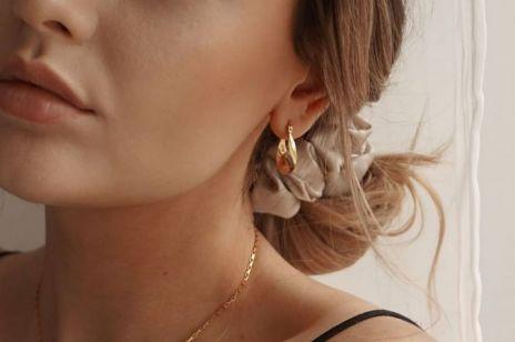 Łatwe i modne fryzury na jesień. Te urocze upięcia zaoszczędzą Ci kilka minut o poranku