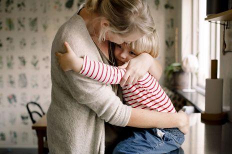 Koronawirus: Czy rodzicom na kwarantannie z dzieckiem przysługuje zasiłek opiekuńczy? Nowe zasady