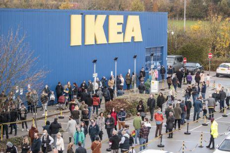IKEA od dzisiaj zamknięta. Rząd kilka godzin przed północą zmienił zdanie i zamknął sklepy, które miały być otwarte!