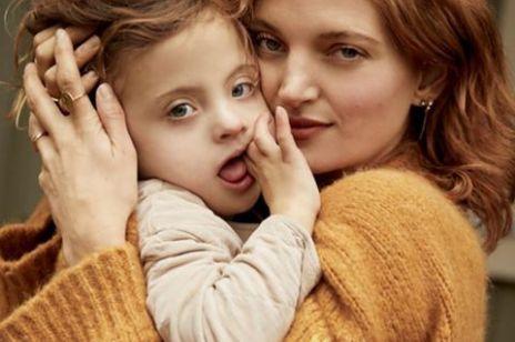 Modelka Amanda Booth wychowuje synka z zespołem Downa. Historia jej rodziny wzrusza do łez!