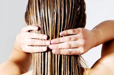 Metoda modlącyh dłoni - tani i skuteczny sposób na zdrowe i lśniące włosy!