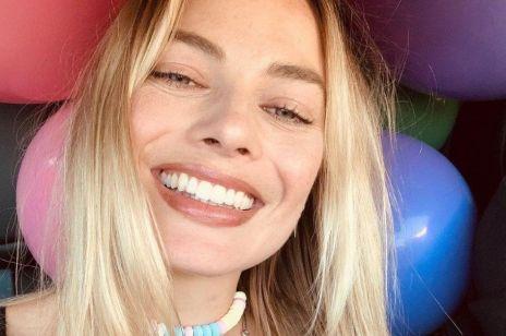"""Hollywood jest (będzie?) kobietą: Margot Robbie o filmie GretyGerwig""""Barbie"""" i o rolikobietw przemyśle filmowym"""