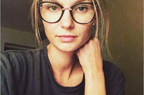 Żona Piotra Adamczyka, Karolina Szymczak pokazuje blizny po operacji endometriozy i zamieszcza poruszający wpis