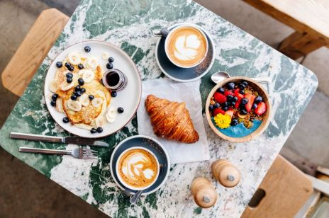 Placuszki fit na słono i na słodko. Jak zrobić śniadanie w wersji niskokalorycznej?