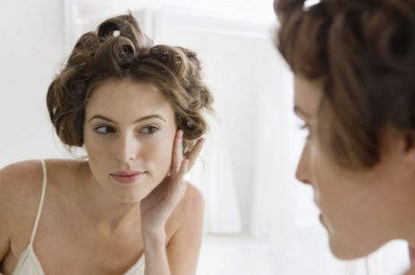 Jak wyszczuplić twarz bez skalpela i diety? Oto nasze triki