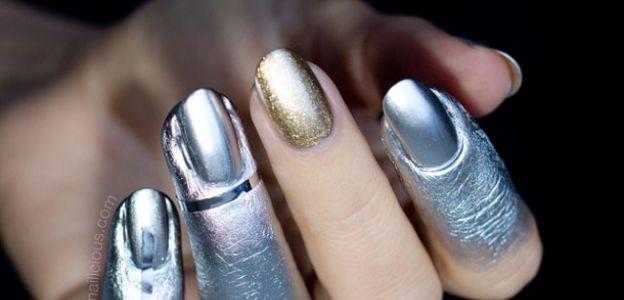 Vivienne-Westwood-nail-art