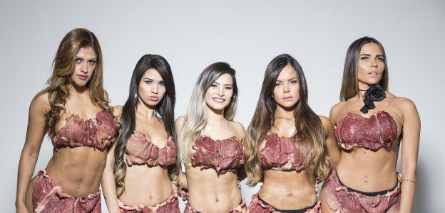 Sesja zdjęciowa kandydatek do konkursu Miss Bumbum Brazylii 2017