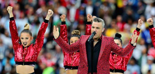 Kamila Zalewska (z lewej) u boku Robbiego Williamsa