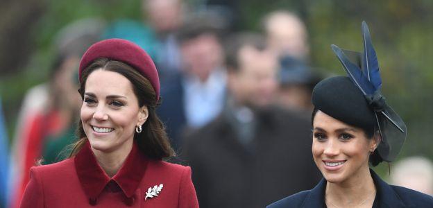Jest więcej, niż jedna opcja, jak będzie się nazywał dziecko Meghan Markle i księcia Harry'ego. Pewne jest natomiast, że będzie nosić inne nazwisko, niż maluchy Kate Middleton i księcia Williama.
