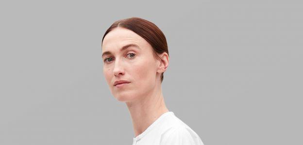 Biała koszula trendy wiosna 2019: po co nam biała koszula?