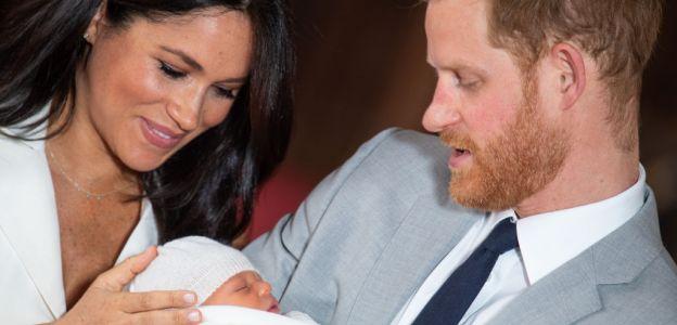 Meghan Markle i książę Harry z dzieckiem