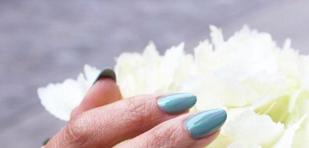 Jak przedłużyć trwałość manicure?