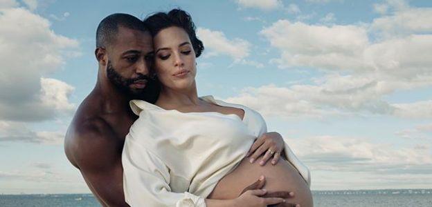 Ashley Graham pokazuje zdjęcia w nago w ciąży