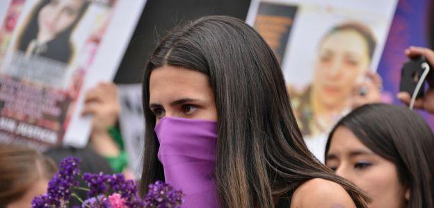 Protesty kobiet na ulicach Meksyku po brutalnym zabójstwie młodej Meksykanki Ingrid Escamilla