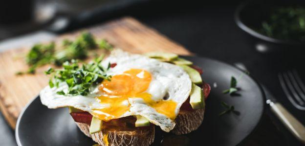 Te pomysły na fit kolacje pokochacie: 7 lekkich i pożywnych propozycji na koniec dnia