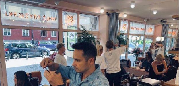 Kiedy zostaną otwarte salony fryzjerskie i restauracje? Minister Jadwiga Emilewicz zdradziła szczegóły