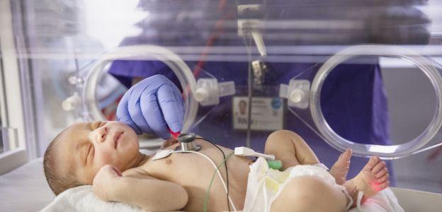 """Półroczne dziecko wyleczone z koronawirusa: """"Ludzie wciąż nie traktują tej epidemii poważnie"""""""