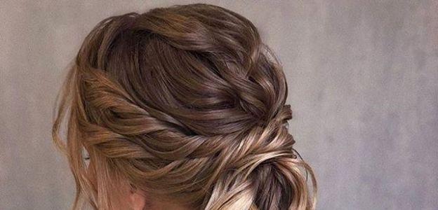 Upięcia ślubne dla kręconych włosów