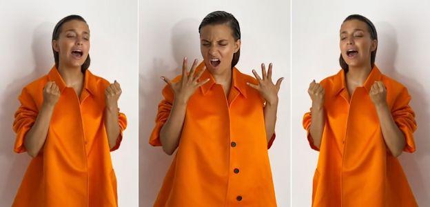 Julia Wieniawa w pomarańczowym płaszczu na jesień 2020