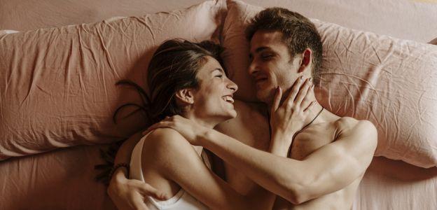 Seks oralny - pozycje, techniki, zagrożenia chorób, czyli wszystko co musisz wiedzieć o pieszczeniu pienisa ustami