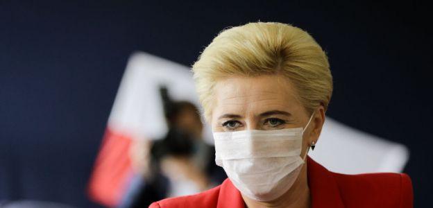 Agata Duda ostro skrytykowana przez Janinę Ochojską za nagranie zachęcające Polki do regularnego badania się