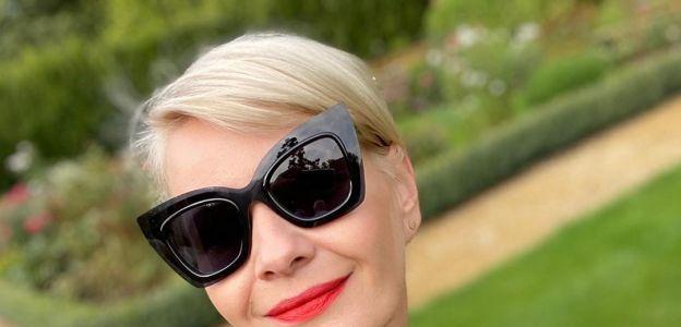 Moda trendy jesień 2020: marynarka w kratę
