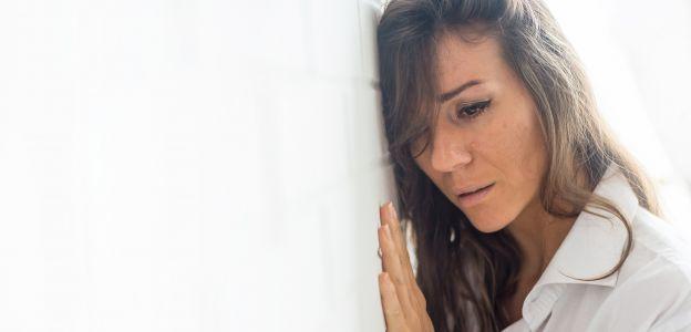 Trauma: uraz, który pozostawia po sobie poważne ślady. Jak sobie z nią radzić?