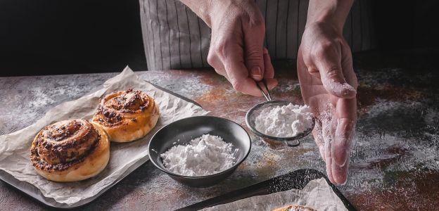 Szwedzkie bułeczki cynamonowe - zdradzamy sekret puszystego ciasta!