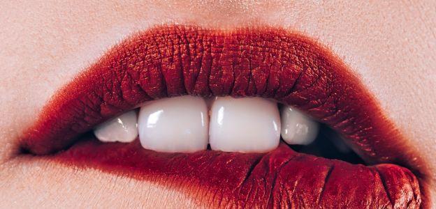 Orgazm a kształt ust. Niezwykła teoria naukowca