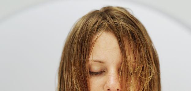Silikony w szamponach