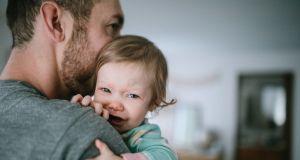 """""""Pasterz serca dziecka"""": ta książka zachęcająca rodziców do bicia dziecka wywołała oburzenie [MOCNE FRAGMENTY]"""