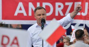 Andrzej Duda zwycięzcą II tury wyborów prezydenckich 2020, według sondażu exit poll od Ipsos