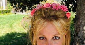 """Co się dzieje z Britney Spears? Fani martwią się o gwiazdę i rozpowszechniają ruch """"Free Britney"""""""