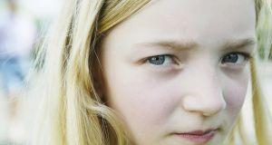 Ukradli 12-latce aparat słuchowy. Teraz dziewczynka nic nie słyszy. Policja wyznaczyła nagrodę!