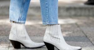 Moda trendy 2020: Modne jesienne botki do 150 złotych